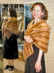 amber-mink-stole-002